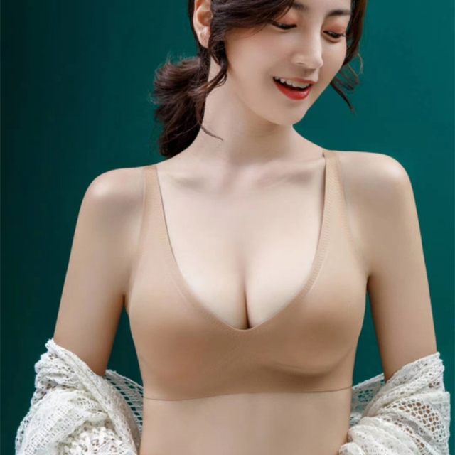Free Ship Girl Spring and Autumn Large Sizes Seamless Sports Bras Cups Small Breasts Sexy  Female Intimate Underwear  for Women 1