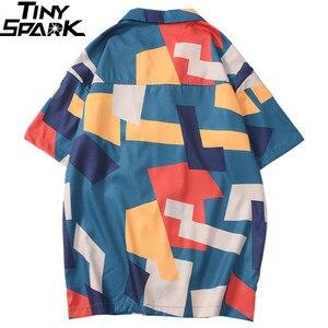 Image 2 - 2020 الهيب هوب قميص الشارع الشهير الرجال قميص هاواي صيفي اللون كتلة هندسية Harajuku الصيف شاطئ قميص هاواي رقيقة قصيرة الأكمام جديد