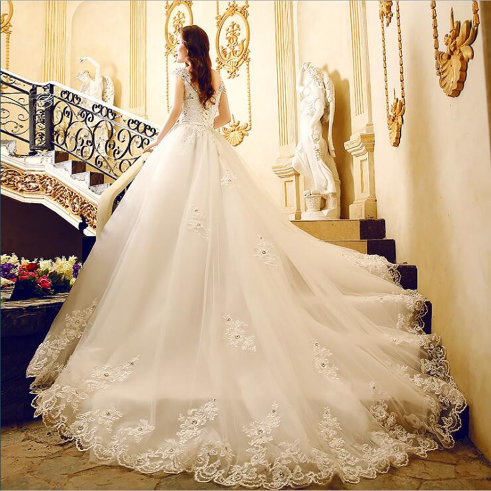 Luxurious White Off Shoulder Diamond Lace Embroidery Long Tail Wedding Dress Bridal Gown