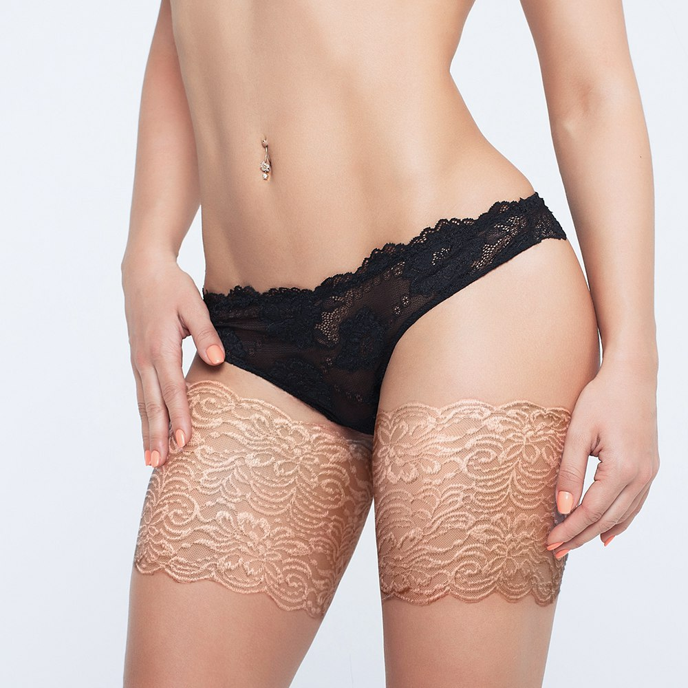 Anti Chafing Thigh Bands Sexy Beige Lace Leg Warmers Silicone Anti Slip Thigh Garters 1 Pair Anti Friction Leg Warmers Women