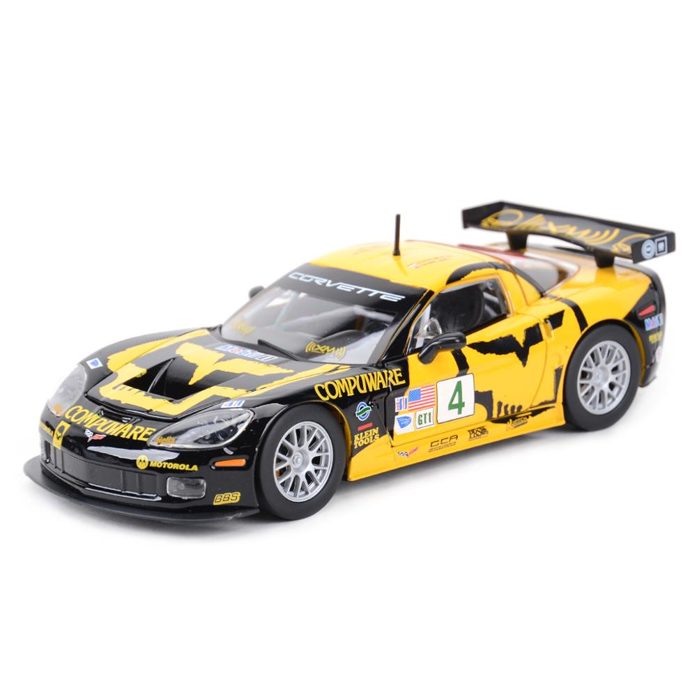 Bburago 1:24 <font><b>Chevrolet</b></font> Corvette C6R Racing Car Static Diecast Alloy Collectible Model Car image