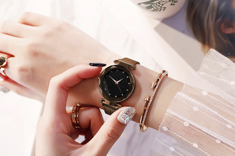 Hc3b315a4ca70471f871d867e04fdd0859 Luxury Women Watches Ladies Magnetic Starry Sky