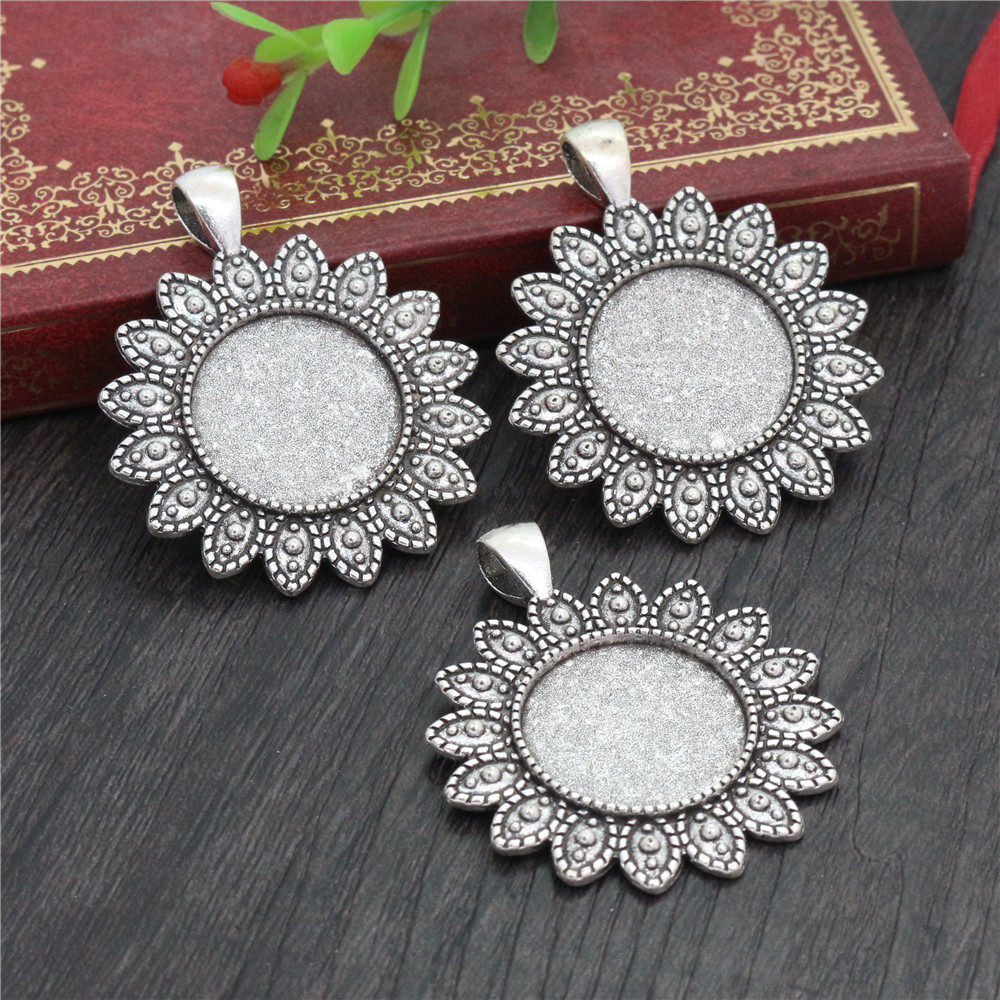 3pcs 20mm Inner Size Antique Silver Plated Classic Style Cabochon Base Setting Charms Pendant (D2-34)