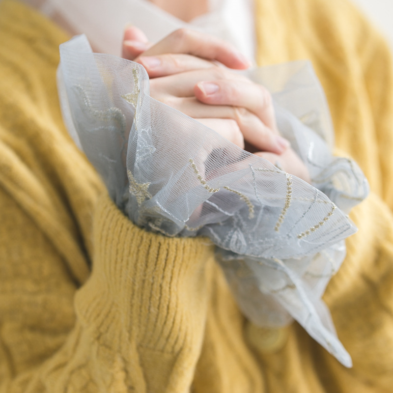 Fake Arm Sleeves Organ Cuff Pleated Horn Cuffs Wild Lotus Leaf Sweater Autumn And Winter Models Gold Thread Pegasus Doll Collar