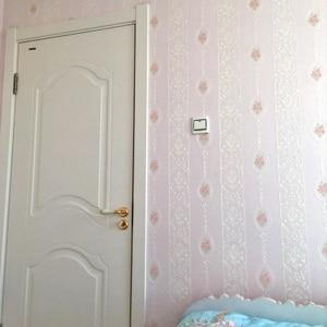 Image 4 - Di alta qualità caldo rosa strisce verticali carta da parati soggiorno camera da letto 3D Europeo pastorale fiore non tessuto carta da parati TV posteriore