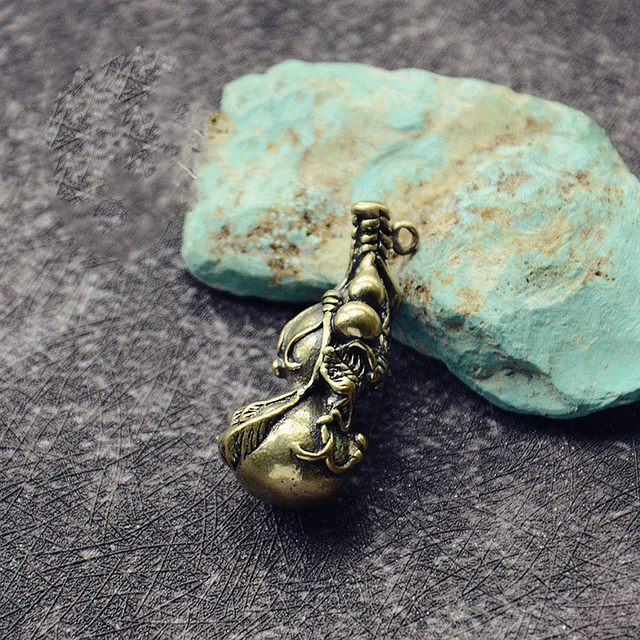 Mini Brass Gourd Statue Ornament Pendant Bless Peace Pocket Figurines Home Office Desk Decorative Ornament Key Pendant Toy Gift 3