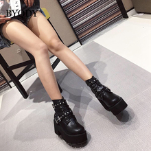 купить BYQDY Winter Motorcycle Boots Woman Ankle Boots Thick High Heels Rivet Lace-up PU Leather Round Toe Short Boots Comfortable дешево