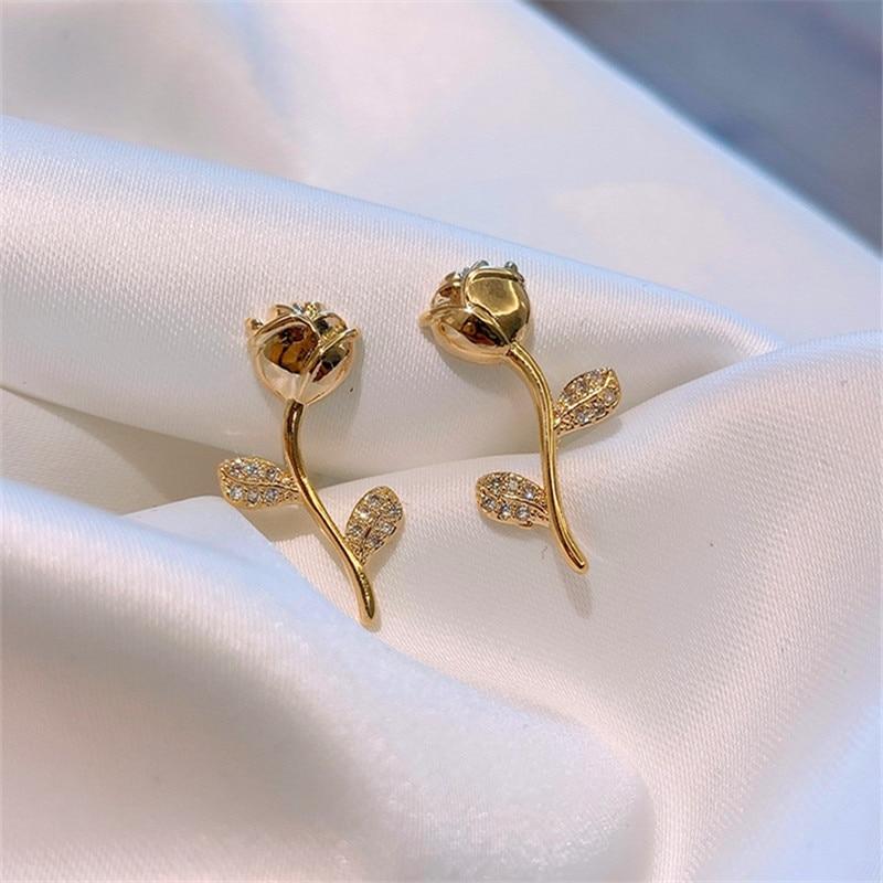Cute Romantic Rose earrings female gifts Metal Asymmetric geometry crystal Mini Stud Earrings For Women Birthday party jewelry