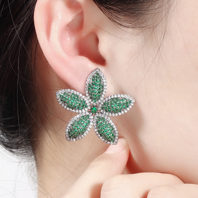 CWWZircons Chic Micro Pave Cubic Zirconia Dark Blue Big Flower Leaf Earrings Luxury Fashion Women Party Wedding Jewelry CZ662