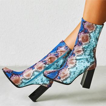 Damskie buty na wysokim obcasie krótkie buty damskie 2021 modne botki modne buty dla pań buty damskie zimowe seksowne botki Plus rozmiar 42 tanie i dobre opinie LZXGSJ CN (pochodzenie) Prawdziwej skóry ANKLE Szycia Kwiatowy Plac heel WESTERN Plac toe Wiosna jesień RUBBER Super Wysokiej (8cm-up)