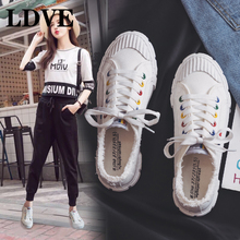 Women White Canvas Shoes Lace Up Solid Colors Zapatillas Deportivas Mujer 2018 New Fashion Sneakers Students Spring Shoes 35-40