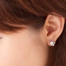 New Hot Trendy Delicate Sweet Acrylic Flower Stud Earrings Personalized Jewelry Statement Accessories for Women Punk  Studs