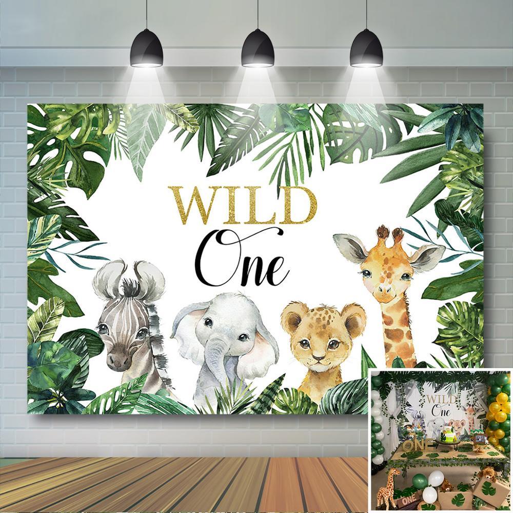 Menino selvagem um pano de fundo folhas verdes safari animais de selva animais selvagens um aniversário chá de fraldas banner
