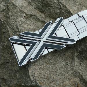Image 1 - Erkek Metal paslanmaz çelik kemer Punk tarzı X toka kendini savunma kemer ejderha mektup kişiselleştirilmiş özel açık kemer