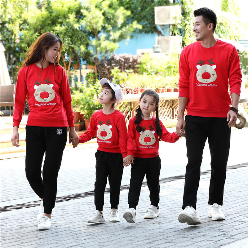 Christmas Pajamas Family Winter Warm Outfits Christmas Coat Children Clothing Cute Deer Pullover Tops Pants Sets Family Clothes