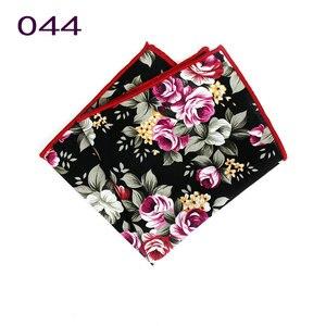 Image 2 - Pañuelos de pañuelo coloridos para hombre, pañuelos de flores Vintage, pañuelos cuadrados de bolsillo para hombre, Paisley con flores rosas, nuevo estilo