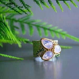 Image 4 - Dreamcarnival 1989 Top Selling Tri Zirkoon Ring Twee Tonen Kleuren Met Roze Zirconia Ruw Oppervlak Unieke Chic Sieraden WA11736