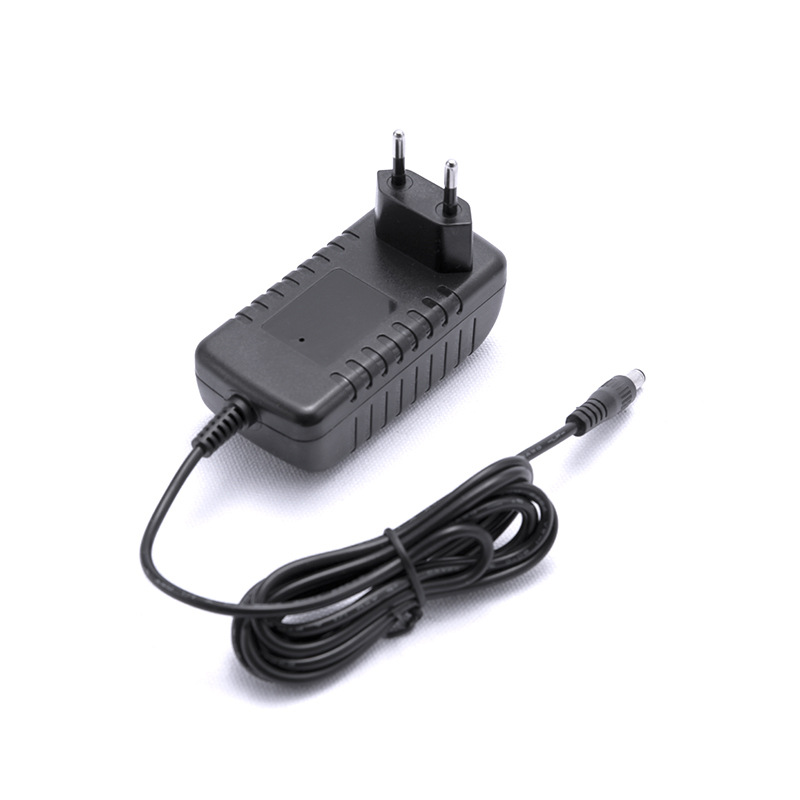 UK AU EU US plug power adaptor 110v - 240v input DC 12V 2A power supply for CCTV cameras and IR Illuminators