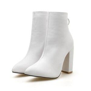 Image 1 - 2020 אופנה יוקרה נשים 10.5cm גבוהה עקבים פטיש גרב מגפי עור בלוק לבן עקבים קרסול מגפי Scarpins שמנמן נעליים YMN 36