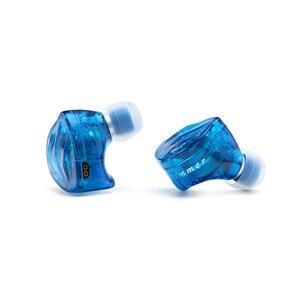 Image 2 - BQEYZ auriculares internos HiFi con 3 controladores híbridos, Auriculares Aislantes de ruido con Cable mejorado desmontable, IEM equilibrado