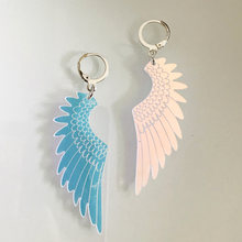 Exagerada mudança de cor anjo asas forma acrílico gota brincos para o sexo feminino legal punk geométrica balançar brincos moda brincos