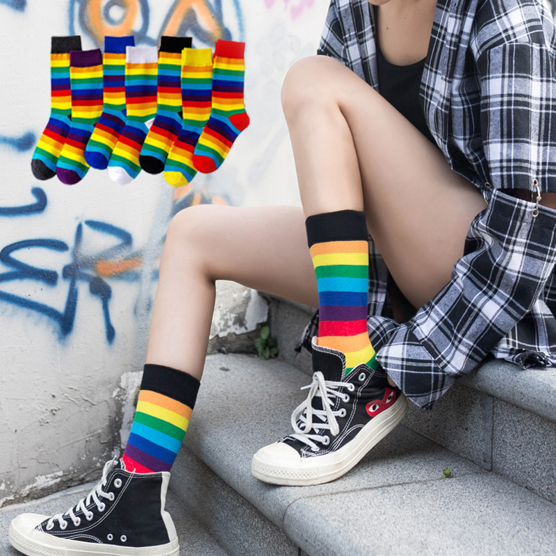 Harajuku Fashion Woman Socks Korean Women Rainbow Stripes Girls Socks Happy Street Unisex Hip Hop Skateboard Christmas Cool Sock