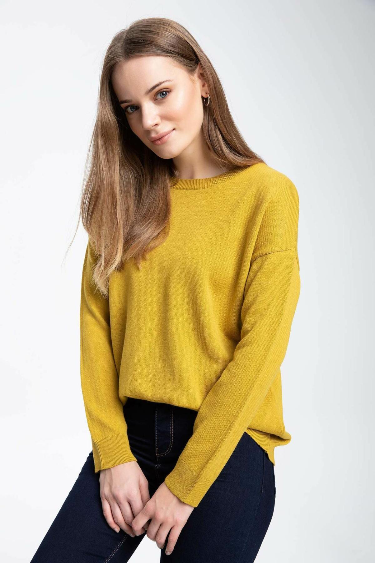 DeFacto Woman Autumn Solid Color Knitted Pullovers Women Casual Black O-neck Sweatshirts Female Knit Tops Tunic-I7130AZ18AU