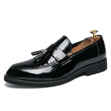 Men's Shoes Casual 2019 Spring Autumn Men Loafers Slip On Leather Youth Men Shoes Breathable Fashion Flat Footwear Black *2021 цена