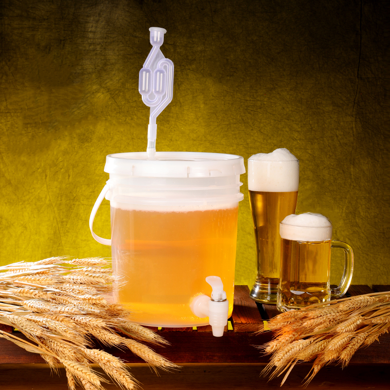 High Qualitly 5 Liter,10 Liter Fermentation Container With Lid Food Grade Fermenter Bucket For Beer,wine