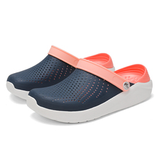 2020 Crocse Mens Beach Sandals Crocks Summer Casual Man Croc Shoes Clogs Men San