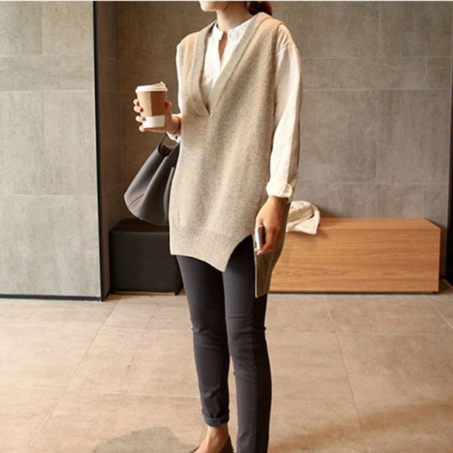 New V neck Girls Pullover vest sweater Autumn Winter Short Knitted Women Sweaters Vest Sleeveless Warm Sweater Casual oversize 4