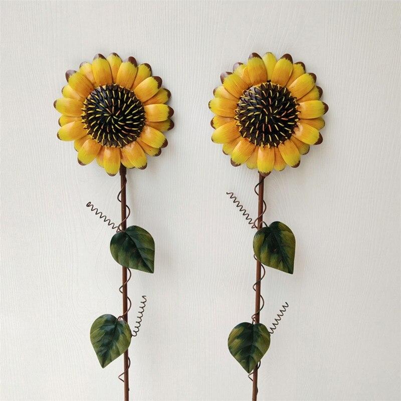 1PCS Vintage Metal Sunflower Garden Stake Metal Garden Yard Lawn Patio Decor Sunflower Decoration Indoor Outdoor