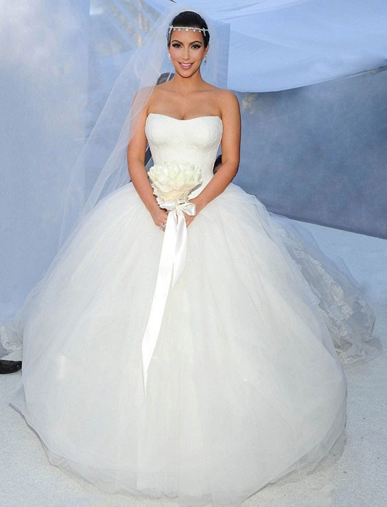 KW01 Kim Kardashian Wedding Dress Lace Strapless Tulle Ball Gown Backless Stunning Wedding Gown 2015 Custom Made Robe De Mariage