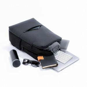 Image 3 - Оригинальный классический деловой рюкзак Xiaomi Mi, 2 поколения, уровень 4, водонепроницаемый, 15,6 дюйма, сумка на плечо для ноутбука, уличная дорожная сумка