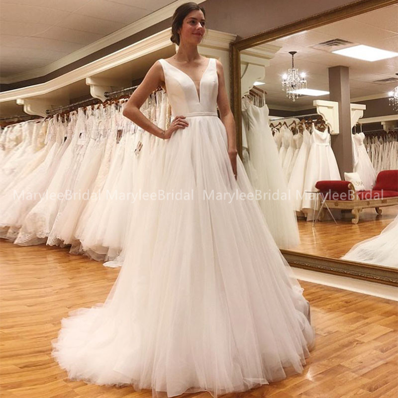 Cheapest A-line Vestido de Noiva V-neck Ivory Wedding Dresses Simple Tulle Bride Dress Backless Wedding Gowns Robe De Mariee