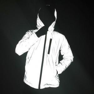 Image 4 - Kış kalınlaşmak yansıtıcı hafif erkekler ceket kadın artı kadife ceketler kızlar Hip Hop Streetwear kaykay su geçirmez ceket dış giyim