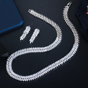 Image 3 - CWWZircons Exquisite Cubic Zirconia Wedding Party Jewelry Set Leaves Shape High Quality CZ Bridal Necklace Earring T075