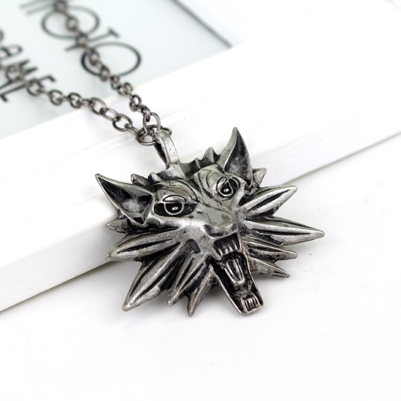 2020 New Anime Game Witcher Wolf Head Alloy Pendant Geralt Netflix TV Cosplay NecklaceKids Boy Punk Jewelry For Brithday Gifts 1