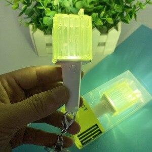 Image 3 - Kpop Nct Mini Light Stick Sleutelhanger Lamp Hanger Opknoping Fluorescerende Stok Groene Hamer Sleutelhanger Officiële Perifere K Pop nct