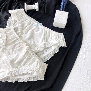 Image 4 - Винтажный хлопковый комплект с бюстгальтером без косточек Wriufred, удобное шикарное нижнее белье, привлекательные кружевные боковые шорты