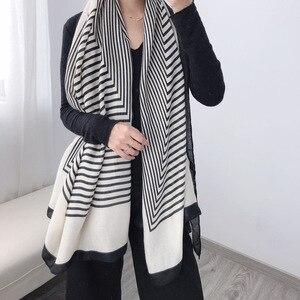 Image 1 - 2020 moda şerit kış eşarp kadınlar pamuk sıcak Pashmina fular bayan lüks marka eşarp kalın yumuşak Bufanda şal sarar