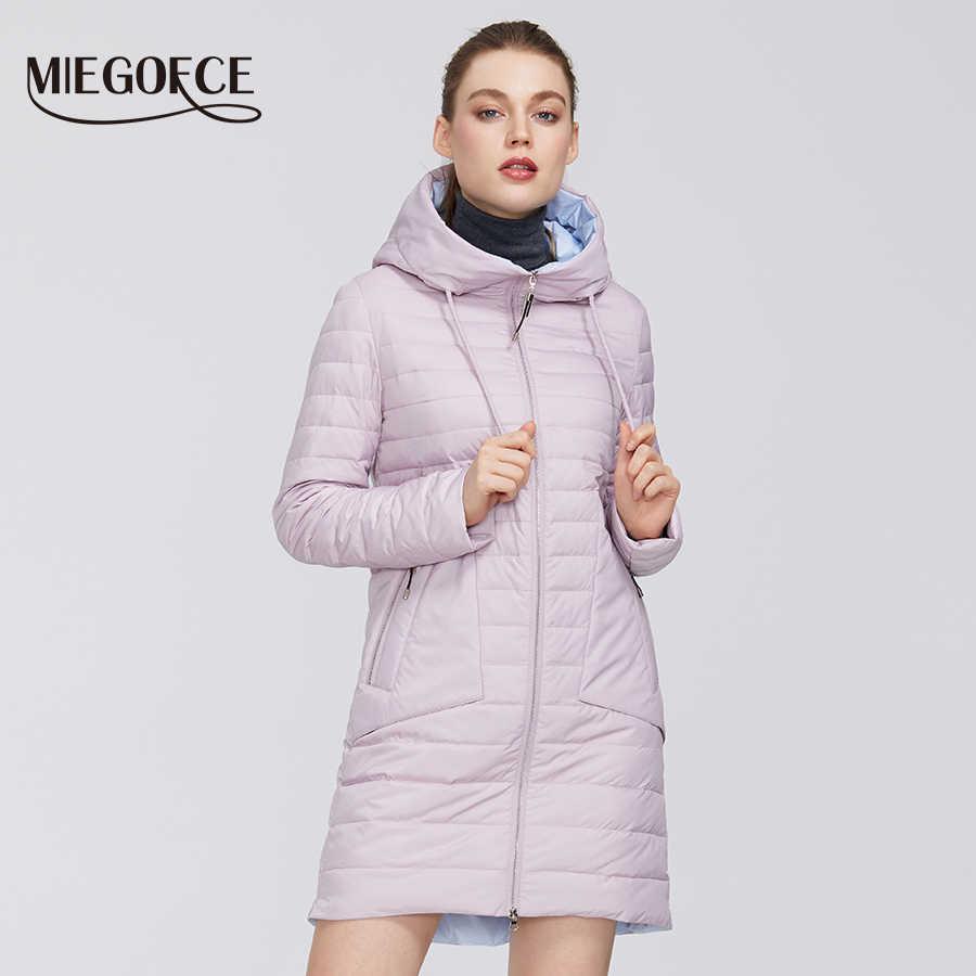 MIEGOFCE 2020 New Collection 여성 자켓 코트 후드 지퍼 포켓이있는 내성 칼라가있는 따뜻한 방풍 스프링 자켓
