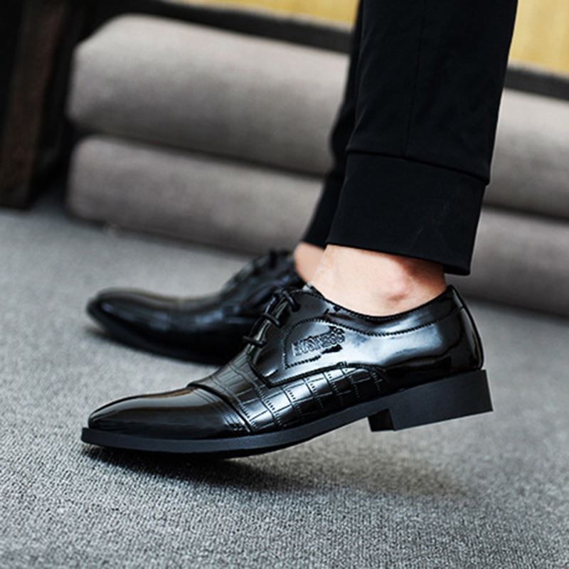 Male Leather Shoes Breathable Pointed Toe Men Dress Shoes Lace-up Waterproofing Patchwork Business Leather Shoes Black