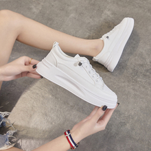 Fashion Sneakers Women Shoes Young Ladies Casual Men Shoes Female Sneakers Brand Woman White Shoes Thick Sole