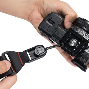Image 5 - SmallRig Universal DSLR Camera Shoulder Strap With QR Plate For Arca Swiss Tripod And Manfrotto RC2 Tripod  2428