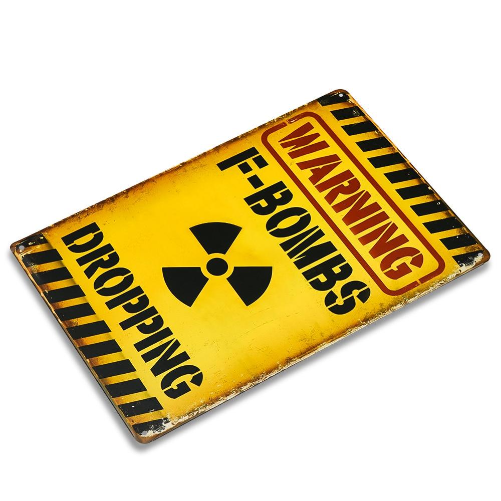 Varoitus F-pommeista, jotka pudottavat peltin metallimerkki hauska - Kodin sisustus - Valokuva 2