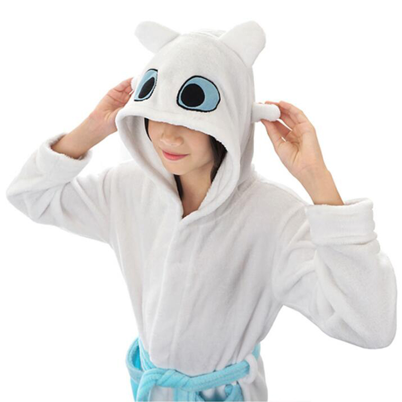 CoolChange How to Train Your Dragon Made Easy Toothless Childrens Bathrobe with Hood I Size 130