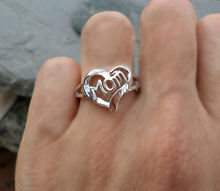 Женское кольцо из серебра 2020 пробы с сердечками