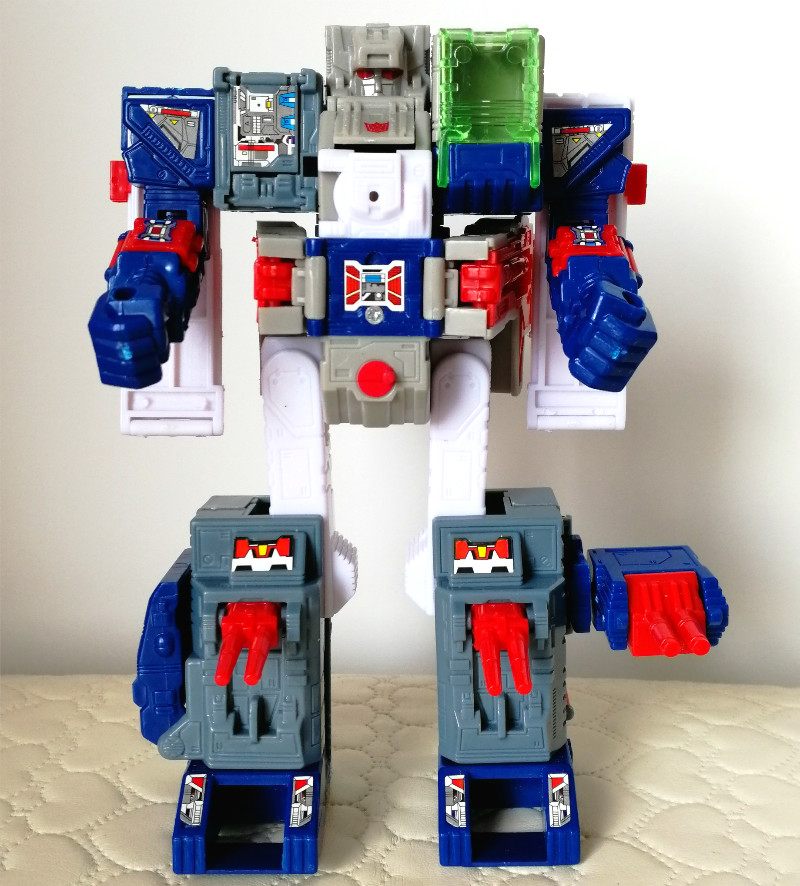 Transformation-ko-Fortress-Maximus-figure-toy