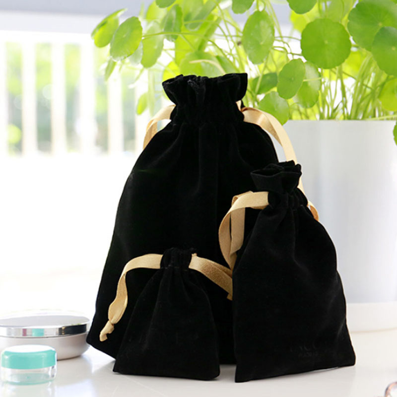 Gold Ribbon Black Velvet Gift Bags 7x9cm 9x12cm 11x16cm 18x22cm Pack Of 50  Makeup Jewelry Packaging Pouch